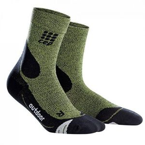CEP Dynamic+ Outdoor Merinowolle Mid-Cut Socken