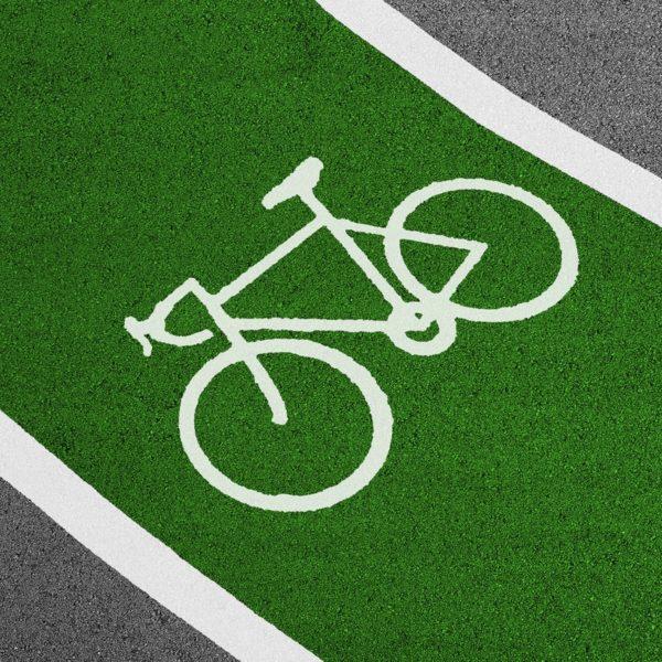 fahrradzeichen auf dem Fahrradweg